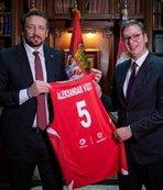 Hidayet Türkoğlu Aleksandar Vucic'i ziyaret etti