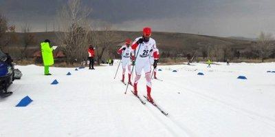 Vanlı kayakçı Ömer Ayçiçek ikinci oldu