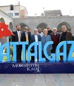 Fenerbahçe yöneticileri tarihi yerleri gezdi