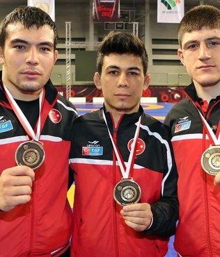 Yıldız güreşçilerden 2 madalya