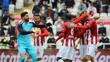 Sivasspor Gümrük'e patladı