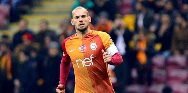 Ruslar, Sneijder'e göz koydu