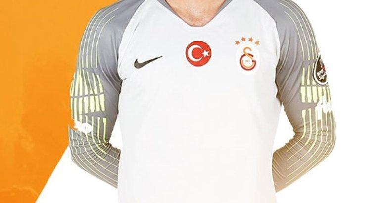 Galatasaray'ın eski kalecisi Beşiktaş'a! Yeşil ışık yaktı