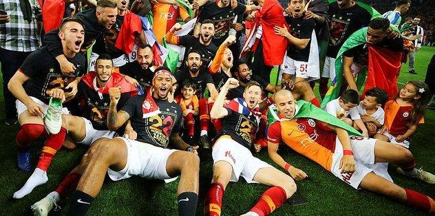 Galatasaray 22. kez şampiyon! Galatasaray 2-1 Başakşehir (MAÇ SONUCU MAÇ ÖZETİ)