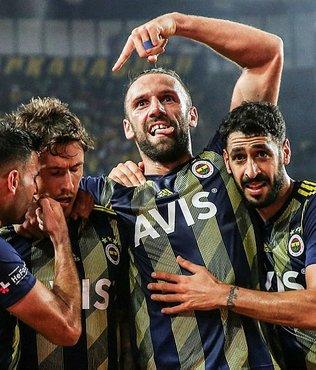 Vedat Muriç'ten Fenerbahçe taraftarına mesaj: Omuz omuza şampiyonluğa