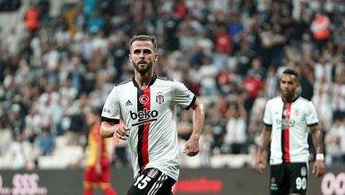 Beşiktaş Yeni Malatyaspor maçında Miralem Pjanic'ten müthiş asist! Kaleciyle karşı karşıya bıraktı (BJK spor haberi)