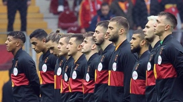 Galatasaraylı futbolculardan Konyaspor maçı öncesi anlamlı hareket!