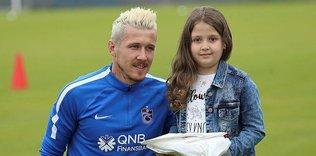 Trabzonspor idmanında Kucka ile Merve yeniden bir araya geldi