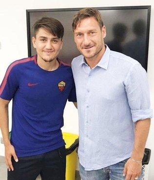 Totti Roma'daki görevini bıraktı