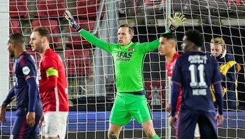 Hollanda'da gündeme oturan maç! 3 kez yanlış kaleye gol...