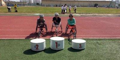 Engelli atletler 12 altın kazandı