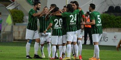 Denizlispor, konuk ettiği Afjet Afyonspor'u 3-0 yendi