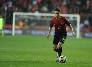 Galatasaray bombayı patlattı! Emre Mor ile anlaşma sağlandı!