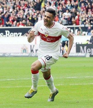 Ozan Kabak Bundesliga'da 'yılın genç oyuncusu' adayı