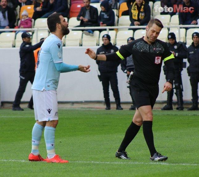 Başakşehir dağılıyor! Galatasaray maçı sonrası bir devir bitti...