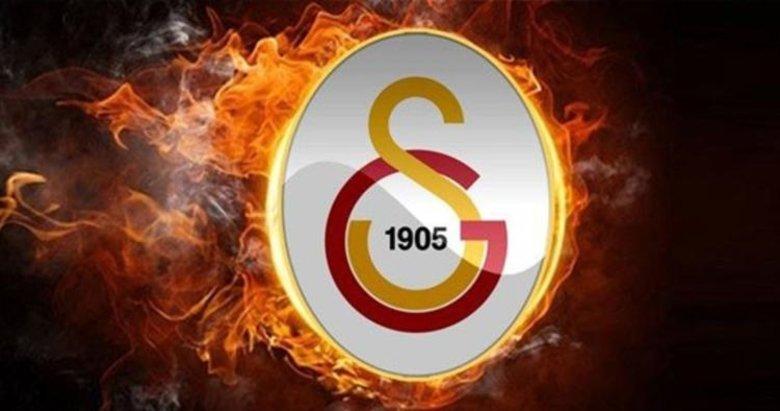 Galatasaray'dan teklif aldığını resmen açıkladı!