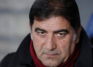 Trabzonspor'a bir Pers daha! 1.92'lik stoper...