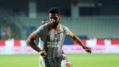 Galatasaray'da Emre Akbaba'dan o iddialara sert tepki!
