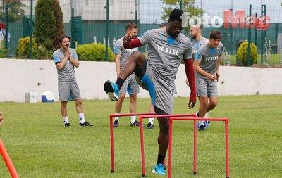 Trabzonspor antrenmanında dikkat çeken görüntü! Alexander Sörloth...