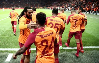 Ahmet Çakardan olay tweet