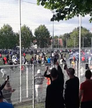 Corona virüsünü umursamadılar! Fransa'da yasa dışı maç