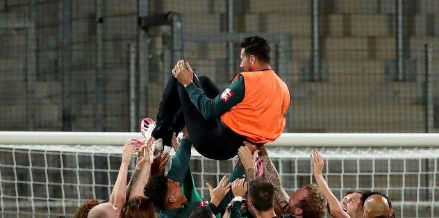 41 yaşındaki Pizarro futbola veda etti - Almanya Bundesliga -