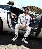 Fernando Alonso, sezon sonunda Formula 1'e veda ediyor