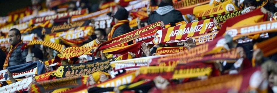 Galatasaray taraftarı şova hazırlanıyor