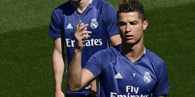 Messi'den sonra Ronaldo'nun da başı dertte