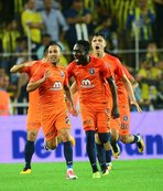 Başakşehir 2 futbolcuyla yollarını ayırıyor
