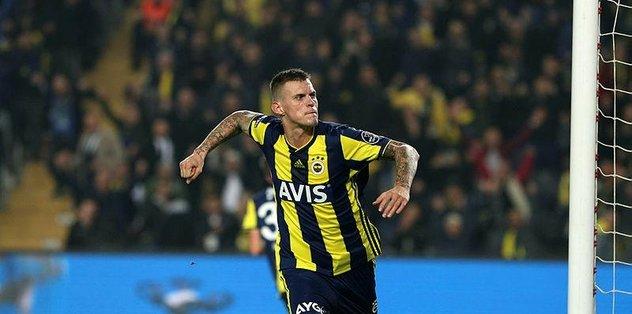 Fenerbahçe'de Martin Skrtel'in aklı karışık