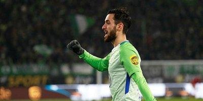 Wolfsburg'u Yunus sırtlıyor