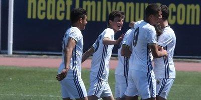 U14'ler gol oldu yağdı: 7-1