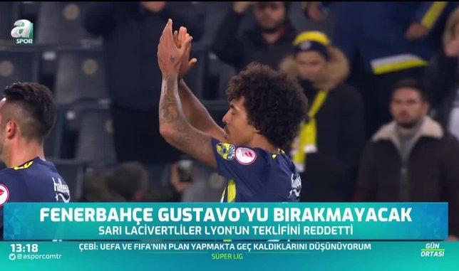 Fenerbahçe Luiz Gustavo'yu bırakmayacak