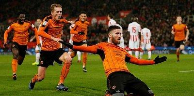Wolverhampton Premier Lig'e göz kırptı