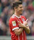 Robert Lewandowski 2023'e kadar Bayern Münih'te