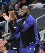 LeBron James'ten esprili 'koç' yorumu