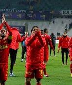 Göztepe Medipol Başakşehir'i ağırlıyor
