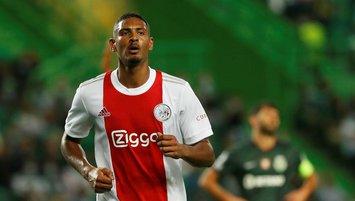 Ajax fark attı Haller tarih yazdı!