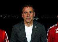 Beşiktaş'ın UEFA kadrosu açıklandı! Burak Yılmaz sürprizi