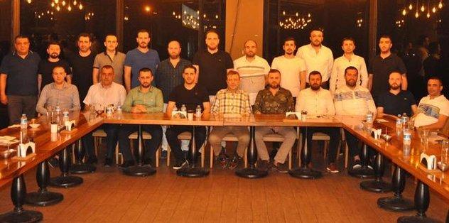 İnegölspor'da Başkan Adayı Eşref Güç ekibini tanıttı