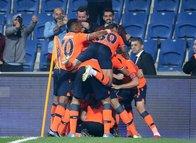 Başakşehir - Göztepe maçından kareler...