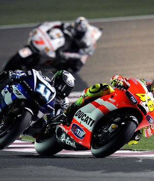 MotoGP'de Fransa Grand Prix'si corona virüsü nedeniyle ertelendi