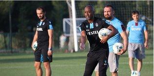 trabzonsporda eddie newton yonetiminde ilk antrenman iste idmandan kareler 1595439594539 - Fırtına 2.'lik aşkına! İşte Trabzonspor'un Kayseri maçı 11'i