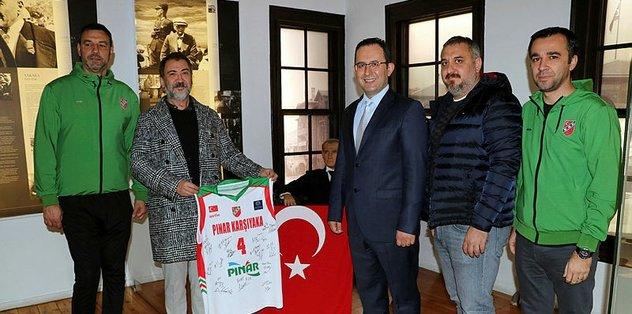 Pınar Karşıyaka'dan Atatürk Evi'ne ziyaret