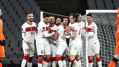 Son dakika spor haberi: İşte A Milli Takım'ın EURO 2020 şarkısı! Mustafa Sandal, Derya Uluğ ve Eypio...| İZLEYİN