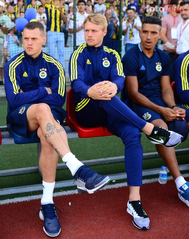Kjaer yeniden Fenerbahçe'ye! Böyle duyurdular...