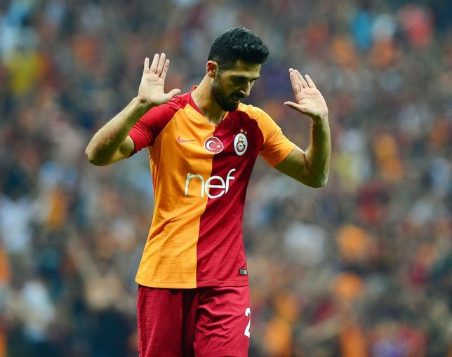 Fatih Terim Galatasarayın sistemini değiştiriyor! Emre Akbabaya yeni görev...