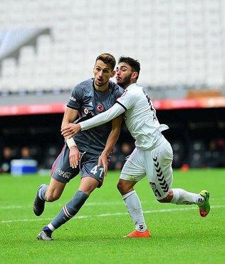 Beşiktaş'ın genç futbolcusu Alpay Çelebi, ameliyat edildi