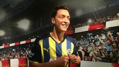Mesut Özil'in figürü sergide